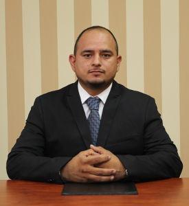 Asistente de Laboratorio, Lic. Miguel Mejía